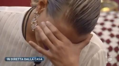 """Gf Vip, Giulia scopre che il suo fidanzato l'ha tradita. La Provvedi: """"Non me lo aspettavo"""""""