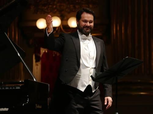 """Bufera contro la prima della Scala: """"Una scena blasfema"""""""