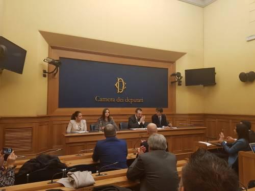 Fdi annuncia mozione per deferire Maduro a tribunale dell'Aja