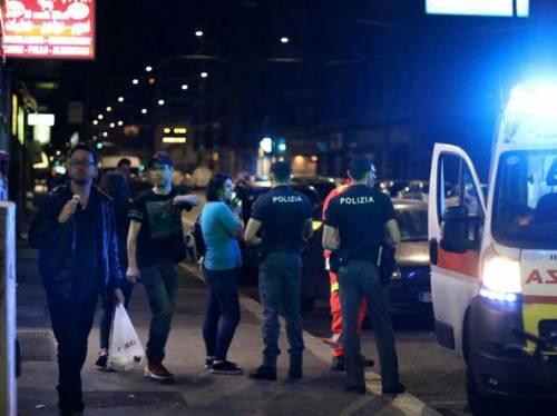 Immigrato stacca a morsi il dito all'agente. La polizia spara col taser