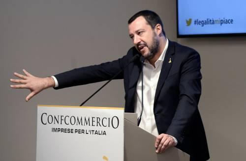 """Manovra, Salvini tira dritto """"Giù le mani dai punti chiave"""""""