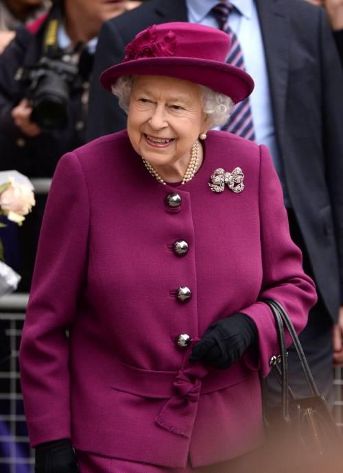Regina Elisabetta, tutte le regole per i regali di Natale