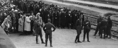 Olanda, ebrei risarciti dalla ferrovia che li portò nei campi di sterminio