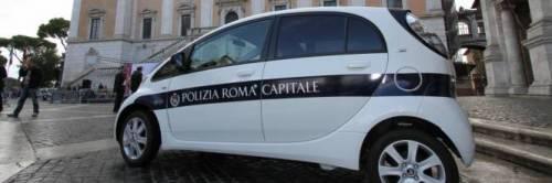 Se non paghi ti multo, in manette un vigile urbano di Roma