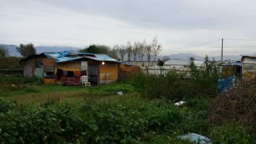 Nel campo rom senza acqua, senza bagni e colmo di rifiuti 5