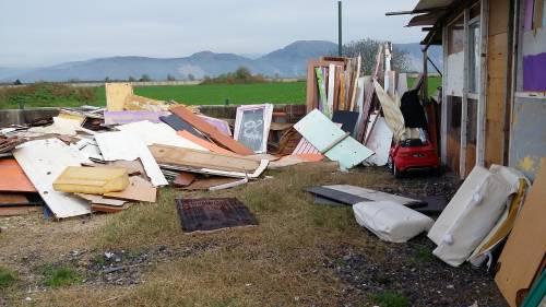 Nel campo rom senza acqua, senza bagni e colmo di rifiuti 14