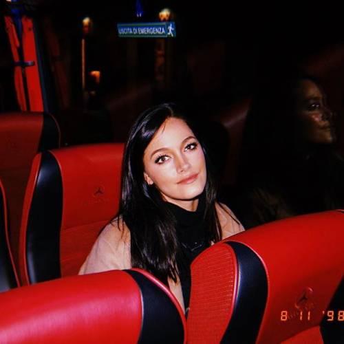 Lady Dybala da urlo su Instagram: i suoi scatti incantano i follower 6