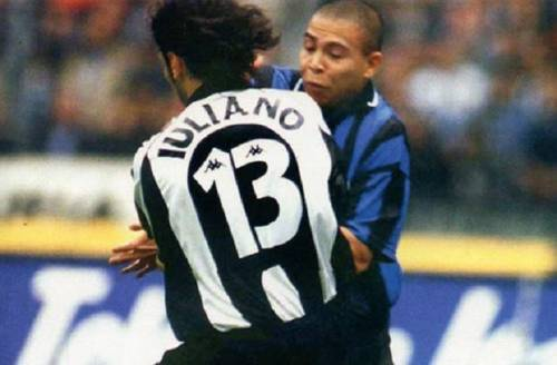 Juve-Inter, Simoni replica a Ceccarini: ''Non è intelligente da ammettere il suo errore''