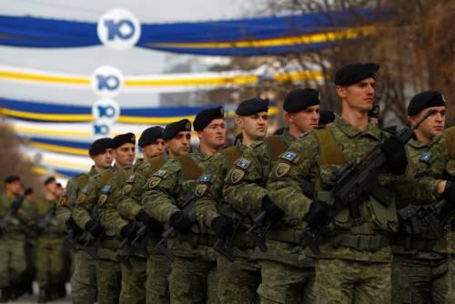 La Serbia minaccia l'intervento militare se il Kosovo dovesse dotarsi di un esercito