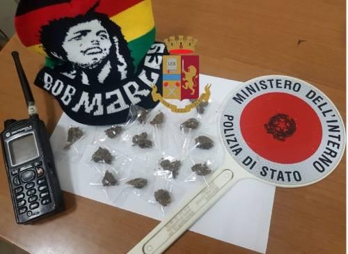 Napoli, droga e furti: cinque stranieri in manette