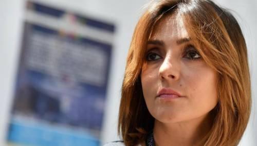 Ambra Angiolini: Ridaremo a Giulia il suo bimbo
