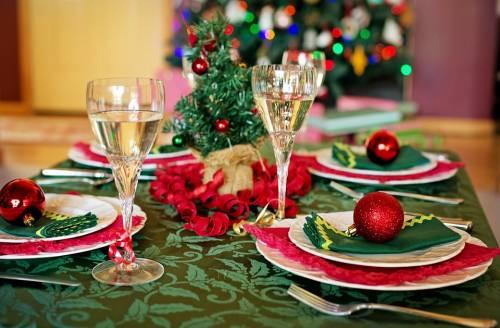 La scienza ci spiega cosa fare per non ingrassare durante le vacanze natalizie