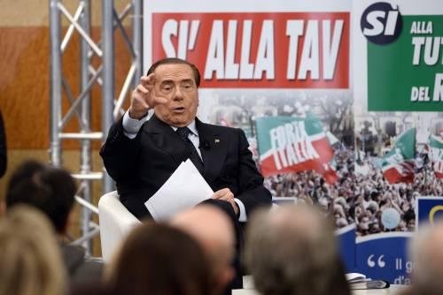 Berlusconi: Grillini una iattura per l'Italia Mandiamo a casa gli incapaci