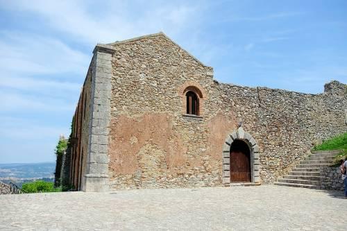 Sicilia, monastero dell'anno mille pignorato per 3800 euro