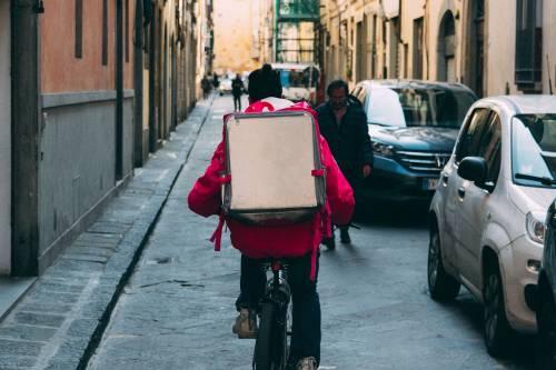 Veneto, la cannabis light è come la pizza: ordinata e consegnata a domicilio