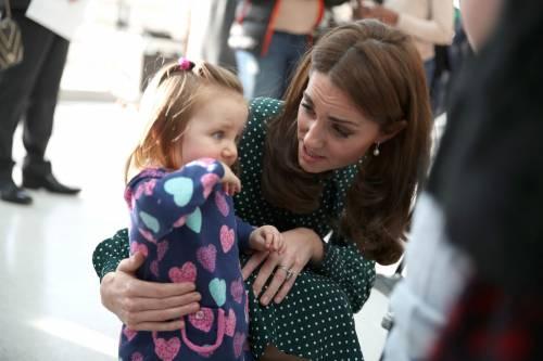 Kate Middleton e il Principe William con i bimbi in ospedale: foto 4