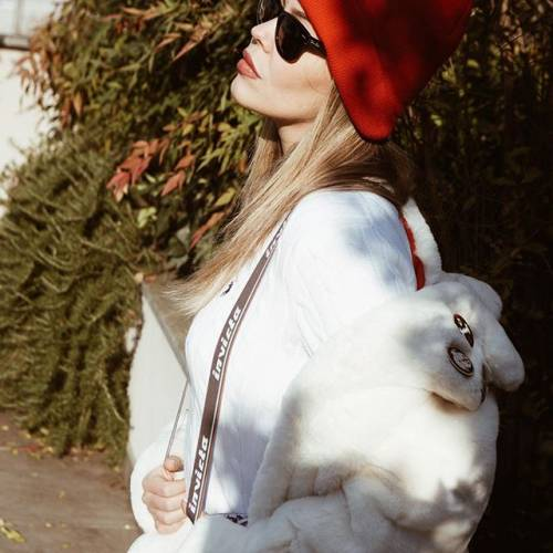 Costanza Caracciolo sexy su Instagram: lady Vieri già in forma dopo la gravidanza 6