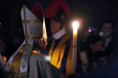 """Così Ratzinger benedice i muri: """"Proteggono e aprono solo al bene"""""""