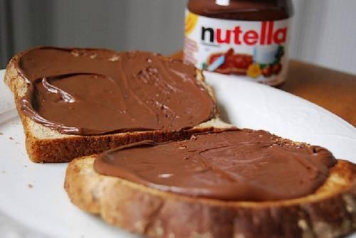 Francia, Ferrero sospende produzione di Nutella: Difetto di qualità