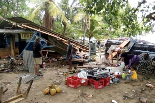 L'Indonesia devastata dalla furia dello tsunami 2