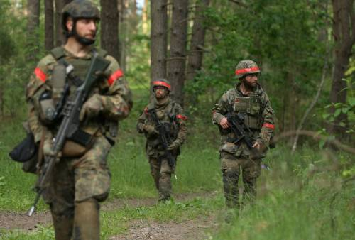 Via libera del governo Merkel a un'unità di imam nell'esercito tedesco