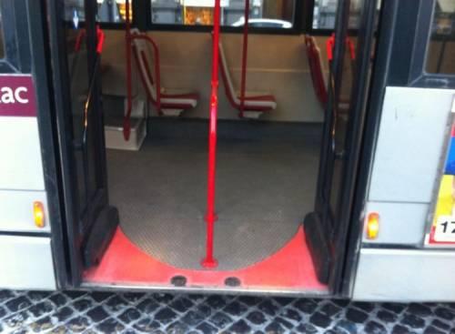 Palermo, conducente autobus aggredito dal branco