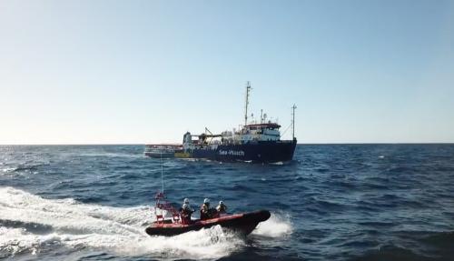"""Migranti, Malta cede alle Ong: """"Diamo rifugio, ma non sbarcano"""""""