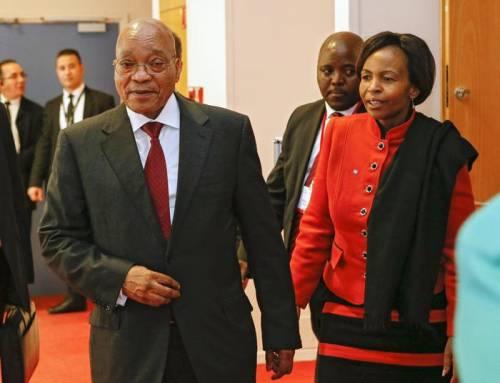Sudafrica, fondi pubblici per il disco dell'ex presidente Zuma