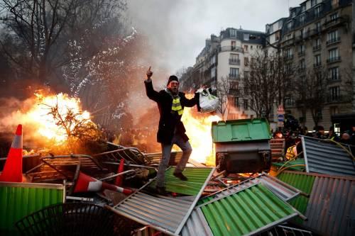 "Di Maio ""arruola"" i gilet gialli: è scontro col governo francese"