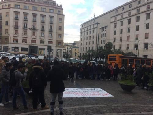 Aule gelide a Napoli: la protesta degli studenti 3