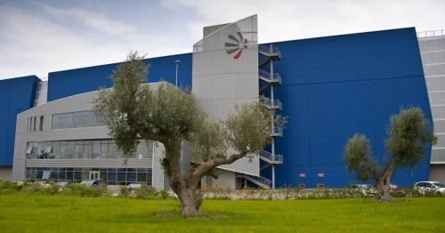 """Taranto, incidente nello stabilimento """"Leonardo"""": tragedia sfiorata"""