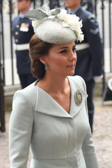 Kate Middleton e la Regina Elisabetta II, foto 10