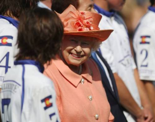 Kate Middleton e la Regina Elisabetta II, foto 6