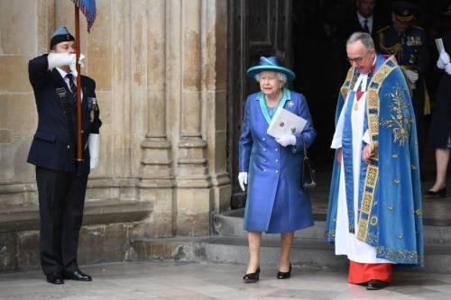 Kate Middleton e la Regina Elisabetta II, foto 8