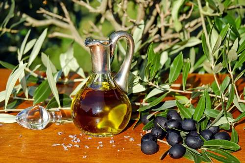 Obesità infantile, secondo una ricerca si può combattere con l'olio d'oliva