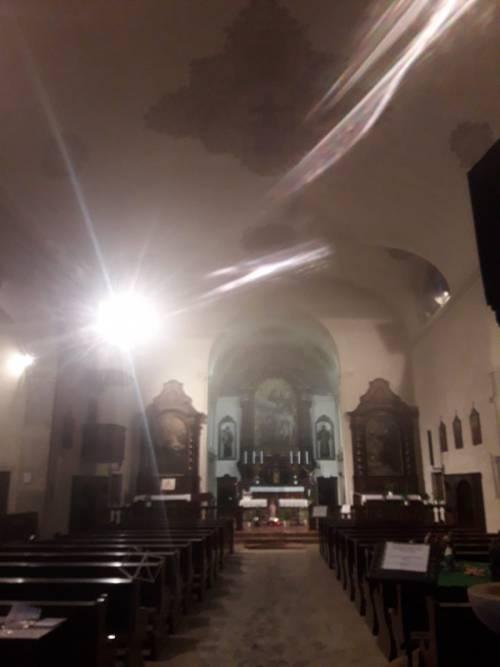 Rovereto, incendiato il portone della chiesa che ospitò il presepe anti-abortista 3