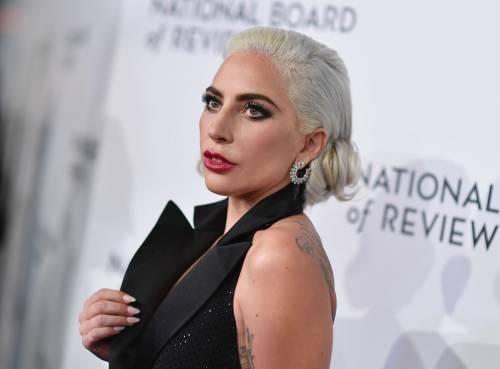 Lady Gaga sexy e chic sul red carpet: foto 8