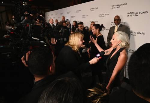 Lady Gaga sexy e chic sul red carpet: foto 4