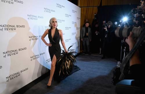 Lady Gaga sexy e chic sul red carpet: foto 12