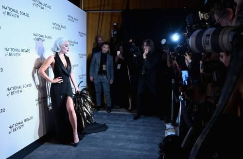 Lady Gaga sexy e chic sul red carpet: foto 13