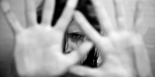 Lucca, nigeriano aggredisce connazionale per stuprarla: arrestato