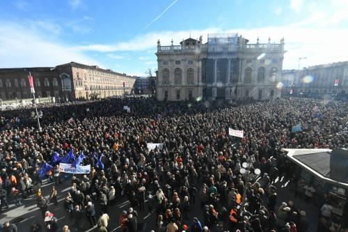 """Sì Tav in piazza. Lega: """"Se governo dice no, si farà referendum"""""""