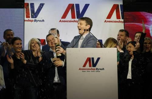 Nuove proteste in Serbia contro la politica del presidente Vučić