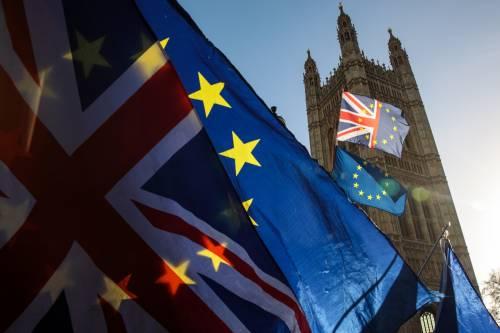 Brexit, un affare per i britannici. Pioggia di soldi agli eurodeputati Uk
