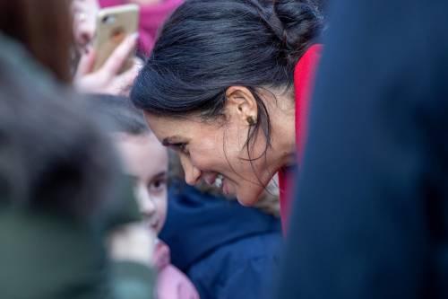 Meghan Markle in rosso per un poeta: foto 10