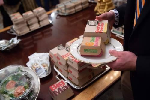 Donald Trump e la cena fast food 4