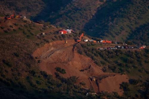 """La roccia blocca gli scavi: """"Raggiungeremo Julen non prima di martedì"""""""