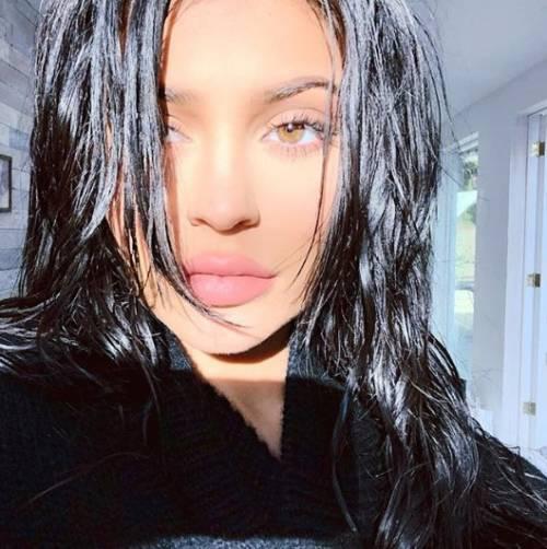 Kylie Jenner non è nuovamente incinta