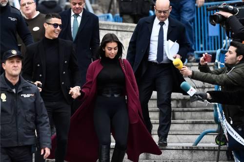 Cristiano Ronaldo e Georgina Rodriguez a Madrid: ecco gli scatti della coppia 4