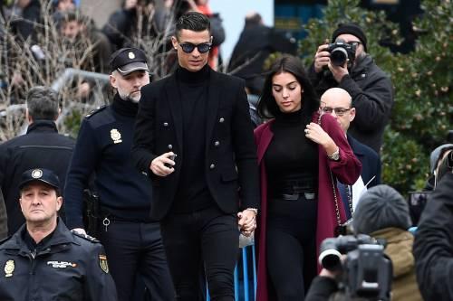 Cristiano Ronaldo e Georgina Rodriguez a Madrid: ecco gli scatti della coppia 5